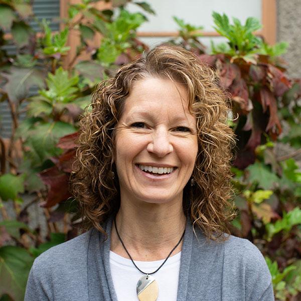 Cindy Lundeen