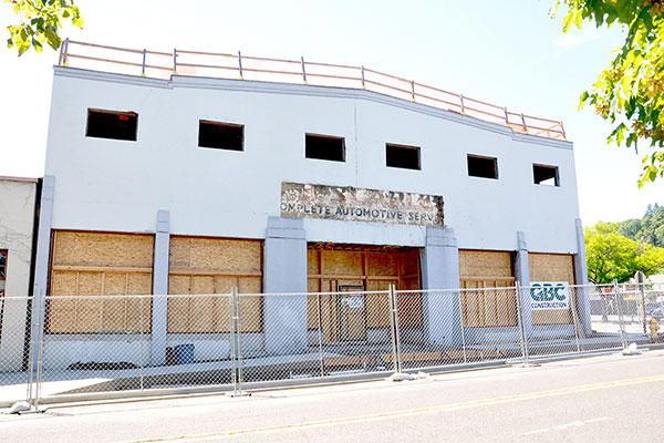 510 Oak building exterior front