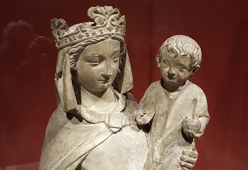 virgin and child statue
