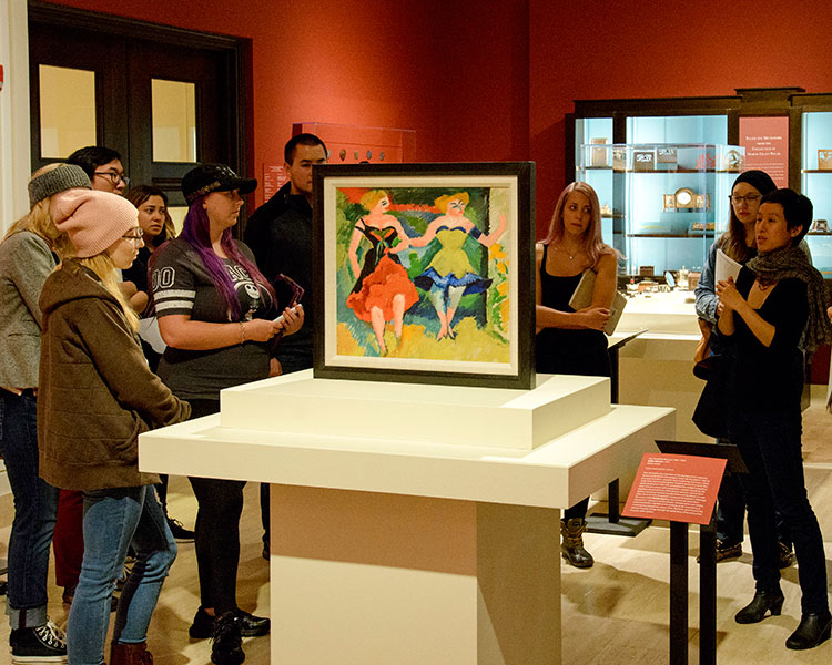 Joyce Cheng's class visits the Jordan Schnitzer Museum of Art