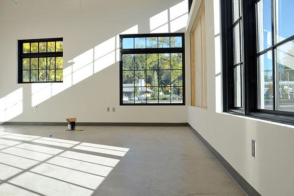 510 Oak studio